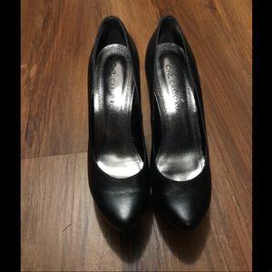 Shoes - Women's black shoes